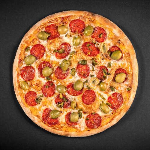 Швидка безкоштовна доставка смачних страв ресторанної якості додому або в офіс. Замовити Піца Пеперчі в онлайн-ресторані Панда Піца - доставка піци Львів - Смачно та Вчасно